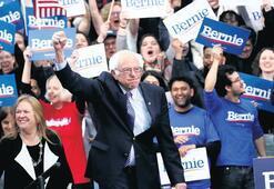 Bernie Sanders emin adımlarla...