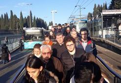 İstanbulda tramvay seferlerinde aksama Arıza nedeniyle duraklarda yoğunluk oluştu