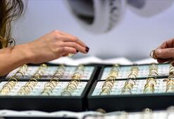 Sevgililer Gününde kartlarla 500 milyon TLlik hediyelik alışverişi bekleniyor