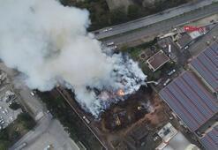 Fabrikada çıkan yangın 15 saattir söndürülemedi