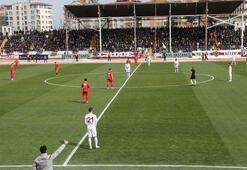 Akhisarspor, Yılmaz Vural ile ilk galibiyetini Hatayspor deplasmanında aldı