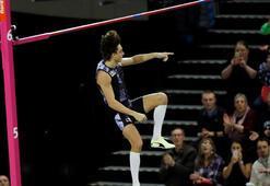 İsveçli atlet Duplantis, sırıkla atlamada dünya rekorunu  geliştirdi