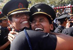 Hint ordusunda kadın subay devrimi