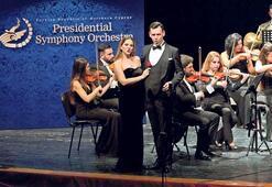 CSO konseri ayakta alkışlandı