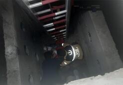 Kanalizasyon çukuruna düşen işçi yaralandı