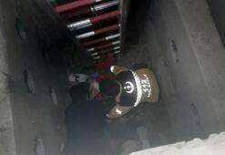Kanalizasyon çukuruna düşen işçi halatla çıkarıldı