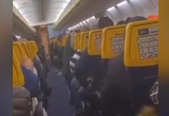 Uçakta panik... Dua ettiler, ağladılar, bağırdılar