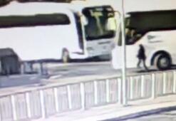 Yol verme kavgasında otobüsün altında kaldı