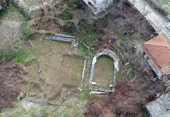 Bahçesinde ortaya çıkan Roma dönemi eserlerin turizme kazandırılmasını istiyor