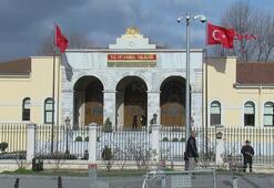 İstanbul Valiliğindeki kritik futbol toplantısı başladı