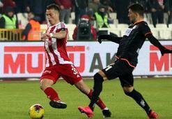 Mert Hakan Yandaşın gol sevinci olay oldu Fatih Terim...