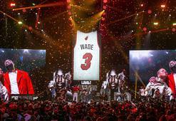 Miami Heat, Dwyane Wadein formasını emekliye ayırdı