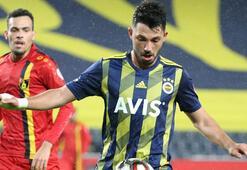 Fenerbahçede ligde sadece 27 dakika oynayan Tolgay ilk 11de...