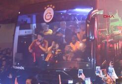 Galatasaray Floryada şampiyon gibi karşılandı