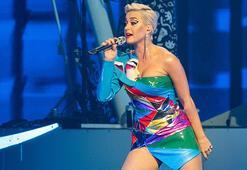 Katy Perry program çekimi sırasında bayıldı