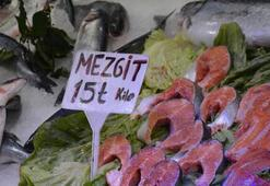 Karadenizde hamsi azaldı, mezgit arttı