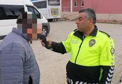 Servis şoförü alkollü çıktı Öğrencileri okula polis bıraktı
