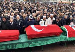 Almanyada Türk bayraklı tabutlar yan yana