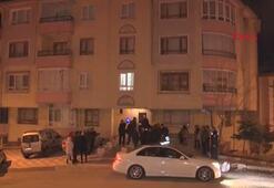 Zemininde çökme meydana gelen apartman tahliye edildi