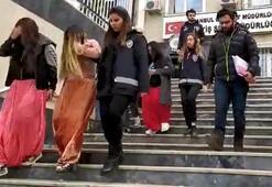 Hırsızlık yapan 1i hamile 4 kadın yakalandı