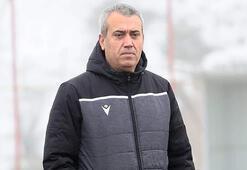 Yeni Malatyasporda Özdeş'i futbolcuları istifadan vazgeçirdi
