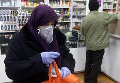 İran Cumhurbaşkanı: ABD korku virüsü yaymaya çalışıyor