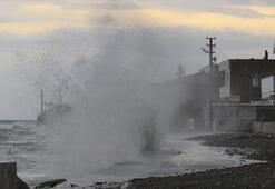 Deniz ulaşımına fırtına engeli İptal edildi