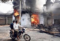 Hindistan'da korkutan gerginlik
