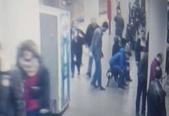 Bayrampaşada metro istasyonunda polise saldırı