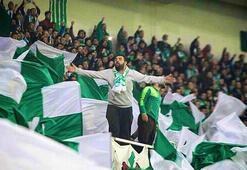 Bursasporlu taraftarlardan TFFye Kandil günü maç tepkisi