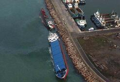 Tuzlada çarpışan gemiler yan yattı