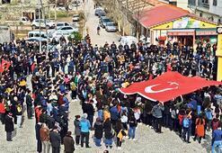 Türkiye şehitleri için kenetlendi