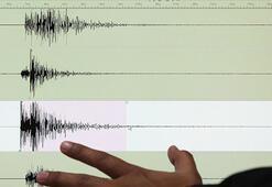 Son dakika Ege Denizinde deprem