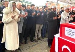 Şehit cenazesinde tepki çeken görüntü İYİ Parti Milletvekili Aylin Cesur cemaatin önüne geçti