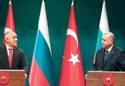 Erdoğan, üçlü zirve teklifini bu sözlerle reddetti: O masada ne konuşacağız