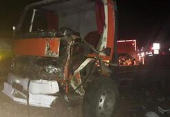 Burdurda otomobil ile kamyon çarpıştı: 1 ölü, 4 yaralı