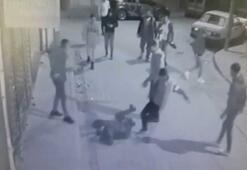 Konyada tekme tokat dövülen gencin gasp edilme anı kamerada
