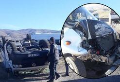 Öğretmen servis aracı hafif ticari araçla çarpıştı