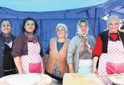 Kadınlar, ekmeğini pazardan kazanıyor