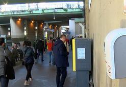 Metrobüs duraklarında virüs önlemi