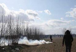 Yunan askerinden, sınırda bekleyen göçmenlere sert müdahale