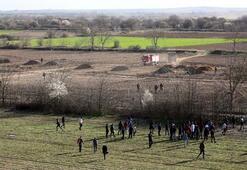 Yunan polisi göçmenlere ateş açtı