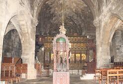 Gotik Mimarinin En Güzeli: Bellapais Manastırı
