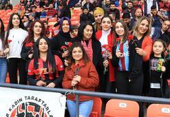 Süper Ligin kadın seyirci oranı en yüksek tribünü Trabzonsporda