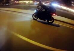 Motosiklette seyir halindeyken sürücü değiştirdiler