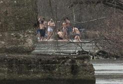 Göçmenler, Meriç Nehrinde yıkandı
