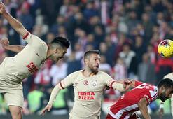 Falcao coştu bir kere 7 maçta 8 gol...