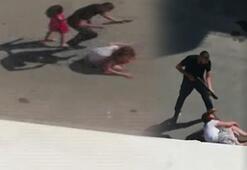 Korkunç Çocuğunun gözü önünde genç kadına dehşeti yaşattı