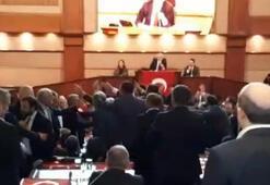 İBB Meclisinde Engin Özkoç gerginliği