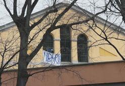 İtalyada cezaevi isyanlarında 6 mahkum öldü